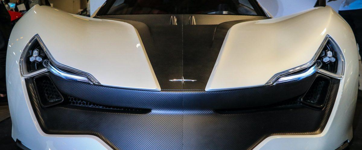 los-primeros- coches-electricos- ukucela -primeros -vehiculos -electricos -evolucion -del- motor- ukucela-electrico (5)